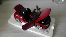Audi TT Roadster 2015 rot 1:18