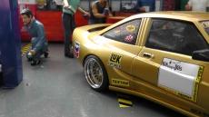 Opel Manta B Mattig Film Manta Manta (1991) Gold metallic / 1:18 Model BBS Echtaluminium Felgen