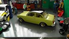 VW 1500 S (Typ 3), beige/schwarz, 1963 - 1:18 mit BBS Echtalu 1:18