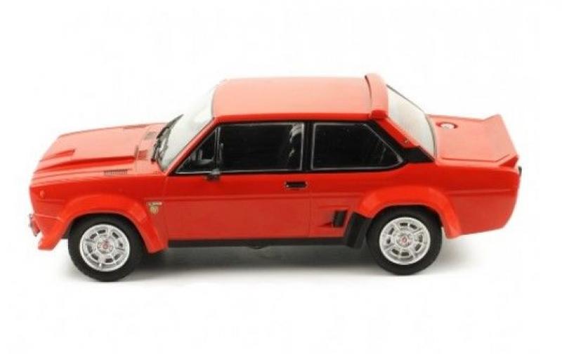 IXO - 1:18 - FIAT 131 Abarth stradale - rot