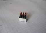 1 X  TYP 2 Bier Kiste   6 Pack mit Fläschchen für Modellbau / Dioramabau im Maßstab 1:18