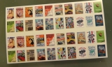 Diverse Zeitschriften und Oldschool Schilder Diorama